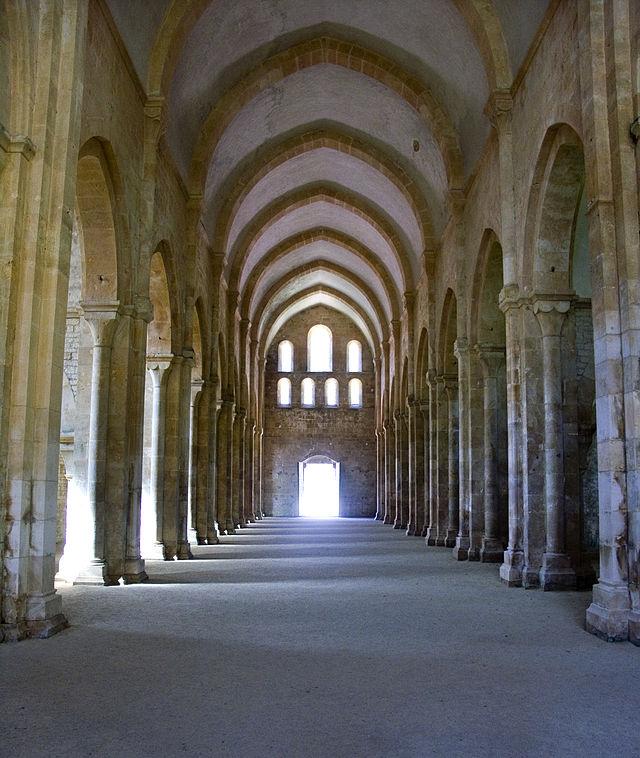640px-abbaye_de_fontenay-eglise
